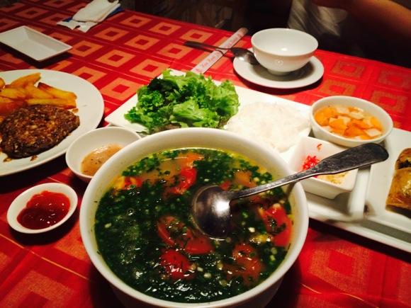 【閉店】F1 〜 ベトナムの北部料理をお手軽に♪