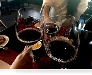 昼からワインで乾杯♪