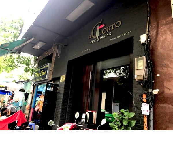 ベトナム・ホーチミンのフレンチレストラン Le Cortoの外観