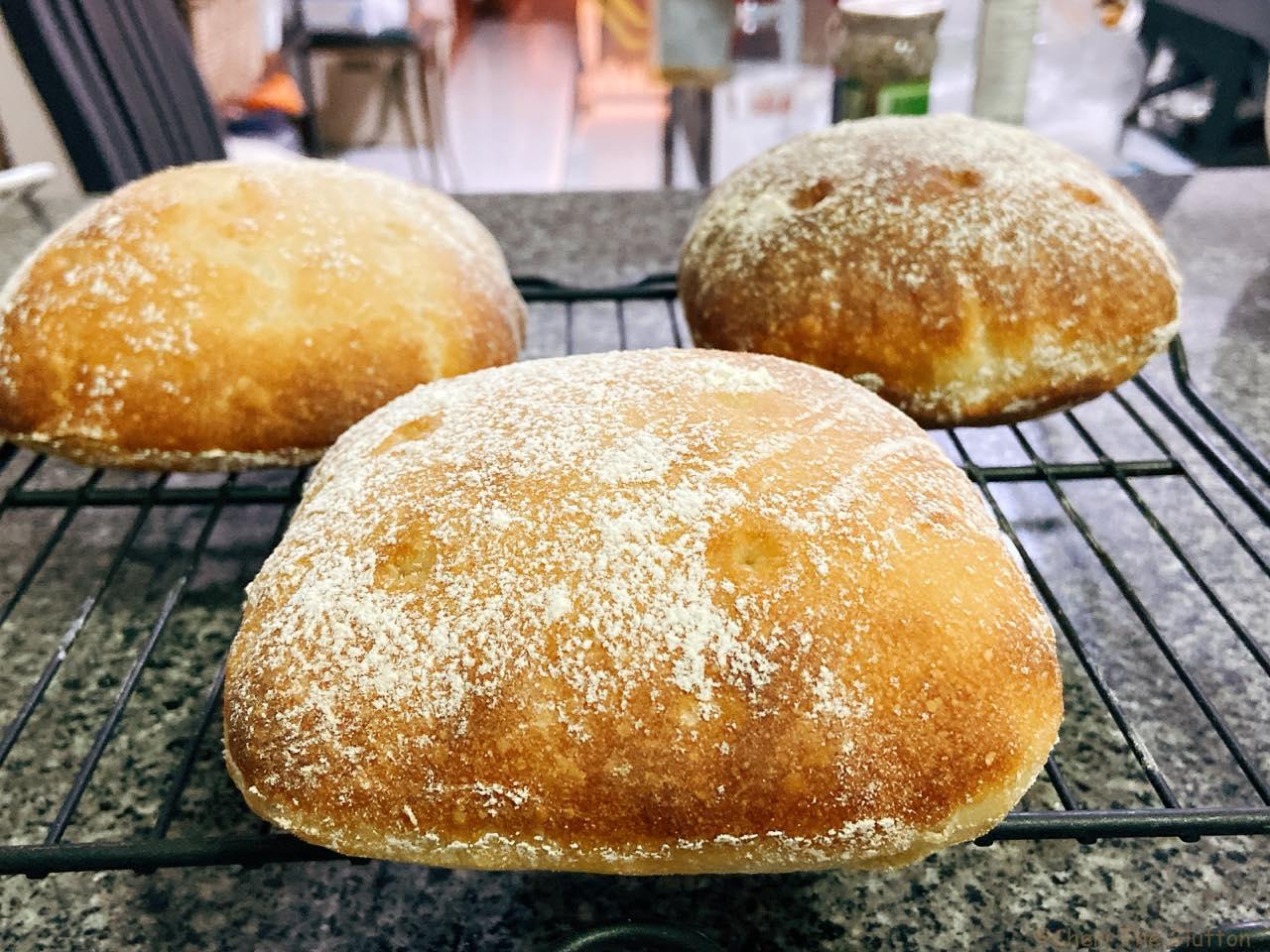 3種類の粉で焼いたパン生地比べ